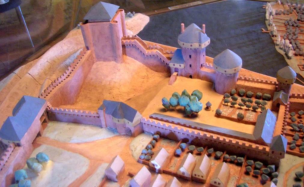 Chateau maquettedonjon papegaut
